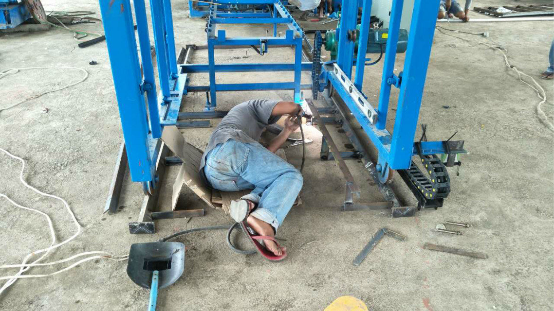 QTY4-15 block machine in Philippines (3)